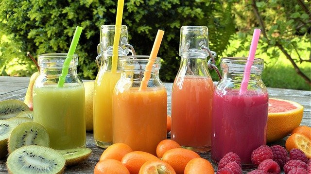 Natural laxative juices